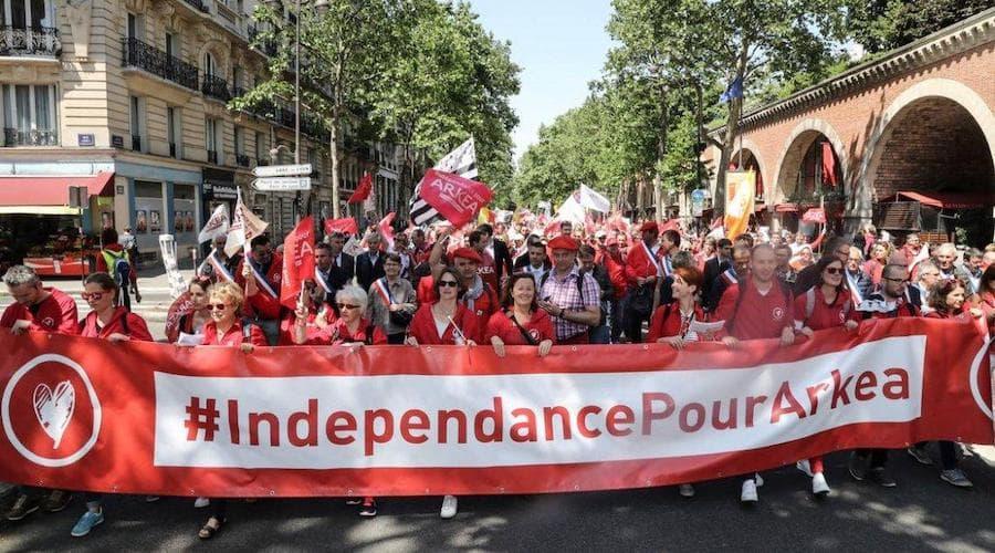 manifestation indépendance arceau